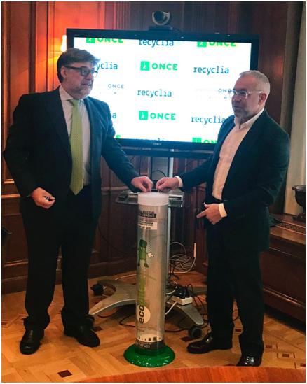 ECOLUM RECYCLIA firma un convenio que fomentará el reciclaje y buenas prácticas sostenibles en la ONCE