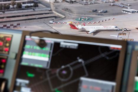 ENAIRE gestionó 2 millones de vuelos en 2017