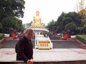Enrique Sancho en China.