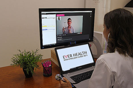 El 54% de los trabajadores considera la telemedicina como uno de los servicios más interesantes a incluir en sus seguros de salud de empresa