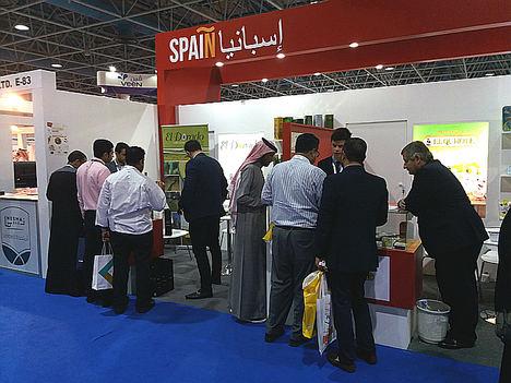 Empresas agroalimentarias cordobesas se promocionan en Arabia Saudí mediante su participación en la Feria Foodex con Extenda