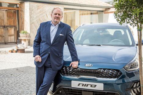 """Eduardo Dívar: """"En dos o tres años podremos alcanzar unas ventas anuales de 100.000 coches electrificados en España"""""""