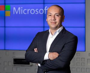 Efraín Rosemberg, Microsoft en España.