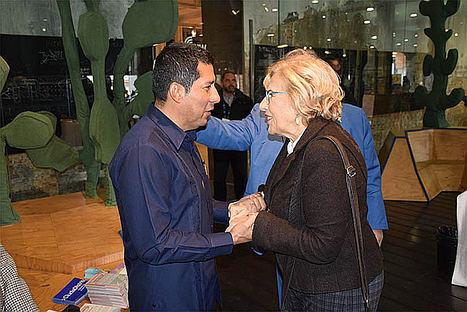 El Excmo.Embajador de Nicaragua en Españ Carlos Midence y la alcaldesa de Madrid Manuela Carmena.