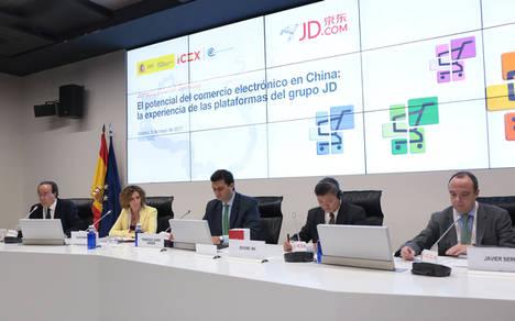 """El Gobierno regional e Iberia invitan a chinos y japoneses a """"vivir"""" Madrid"""