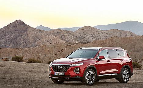 """El Hyundai Santa Fe, """"Coche Ideal"""" para los jugadores de golf"""