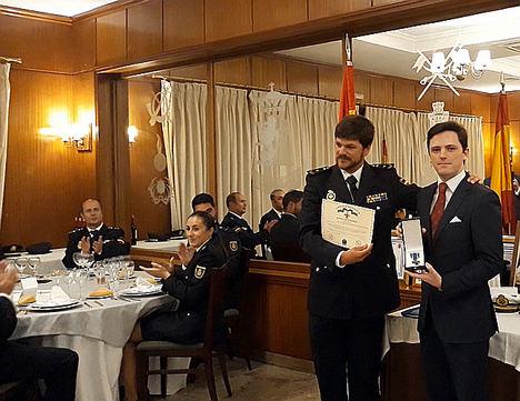 El abogado Juan Manuel Quintana, condecorado con la Cruz de Honor al Policía Europeo