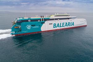 El innovador 'Eleanor Roosevelt' de Baleària realiza las primeras pruebas de mar en Gijón
