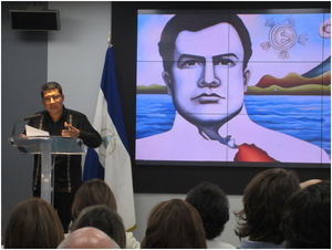D. Carlos Midence, Excmo. Sr. Embajador de Nicaragua.