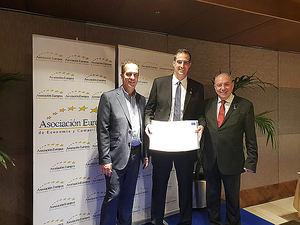 Vicente Barberá de Elastic Confort recibe la medalla europea al Mérito en el Trabajo