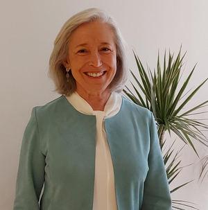 Elena Juárez, Sanitas.