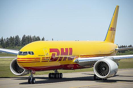 El nuevo carguero Boeing 777 amplía la flota intercontinental de DHL