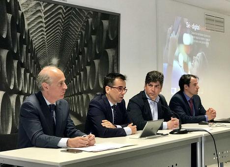 El programa de formación gratuita 'Sé + Digital Andalucía' potencia las competencias digitales de la ciudadanía