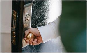 El protocolo de actuación que ayuda a proteger viviendas de los okupas