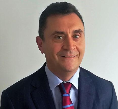 Emilio Segovia, Iformalia.
