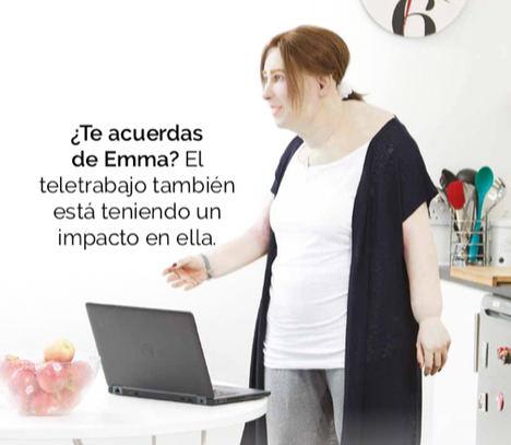 Emma, la trabajadora del futuro, muestra las secuelas de salud que el teletrabajo puede haber acelerado