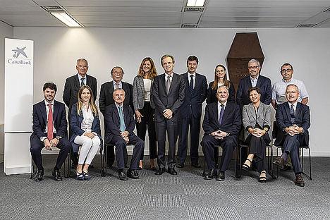 Encuentro del Comité Consultivo de accionistas de CaixaBank con Jordi Gual, presidente de la entidad.