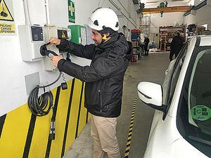 Endesa instala en Galicia los primeros puntos de recarga en parques eólicos de España