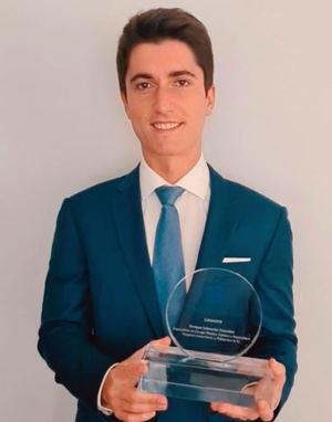 Enrique Salmerón González, ganador del Premio Sanitas MIR 2020.