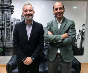 Enrique Serrano, TINÁMICA (izq.) y Pedro Pérez, ACCENTURE.