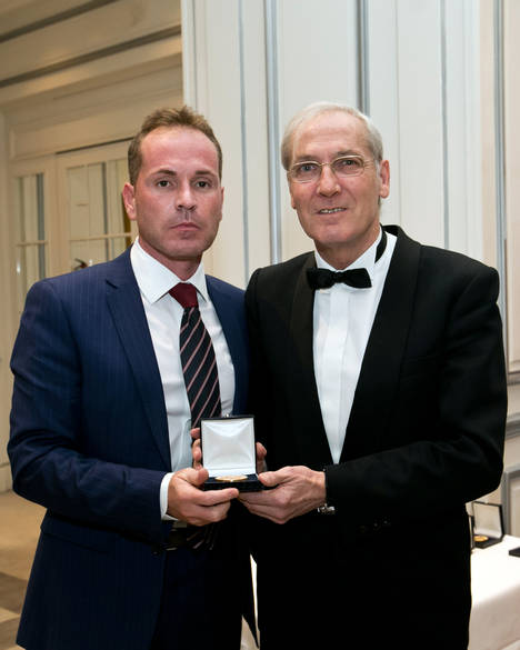 El empresario José María López, recibe la Medalla de Oro del Foro Europa 2011