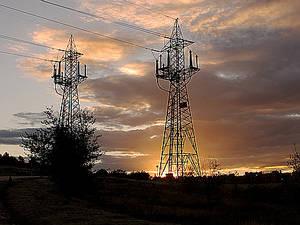 España registra en 2016, tras trece años sin hacerlo, el primer saldo importador de electricidad
