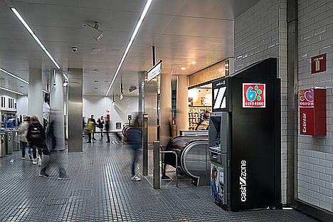 El 73% de los españoles utiliza el cajero automático como mínimo una vez por semana