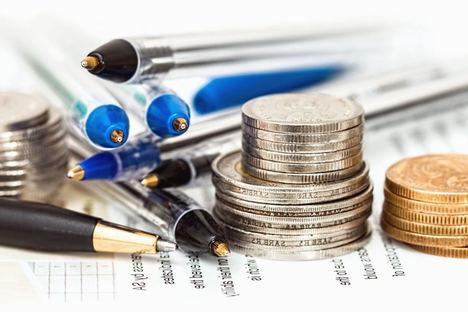 Los materiales de oficina entre los gastos justificables que los autónomos pueden deducirse