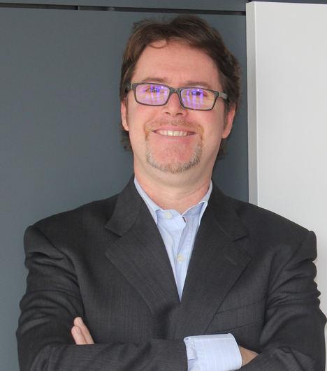 Dr. José Martí, Universidad Internacional de Valencia - VIU.