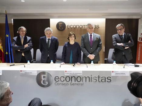 La economía española continuará en fase expansiva, aunque con menor intensidad
