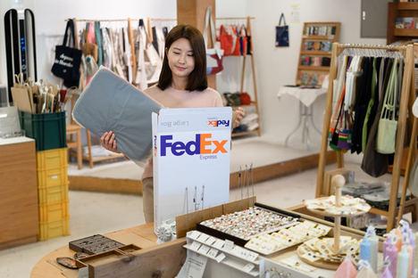 FedEx refuerza su oferta de comercio electrónico al expandir el servicio de entrega internacional con fecha definida a toda Europa
