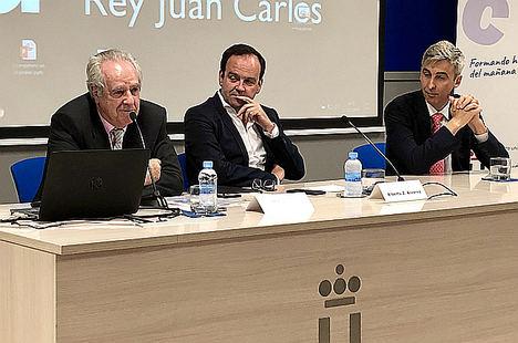 El Presidente de ADEFAM, Alberto Zoilo Álvarez, resalta la necesidad de acercar la universidad y la empresa para formar a los estudiantes en las habilidades del futuro