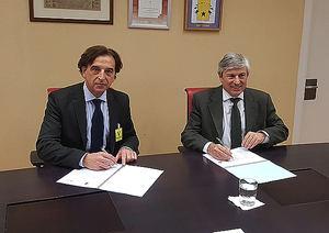 Fernando de Aragón Amunárriz, Director General del Catastro y Alfredo Sanz Corma, Presidente del CGATE.