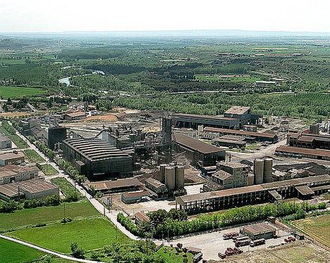 FerroAtlántica del Cinca planea recortes salariales y reducciones de producción para 2020