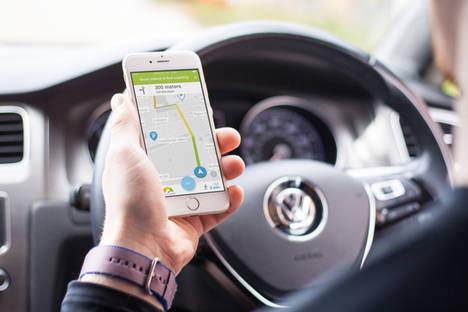 EasyPark reduce a la mitad el tiempo de estacionamiento con una tecnología predictiva pionera