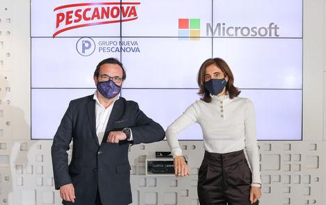 Ignacio González, CEO del Grupo Nueva Pescanova, y Pilar López, presidenta de Microsoft España.