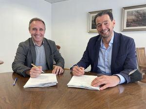(izqda.) Alfonso Sanchez, CEO de Vanadis, nuevo Country Manager de Baufest en España, y Ángel Pérez Puletti, CEO de Baufest.
