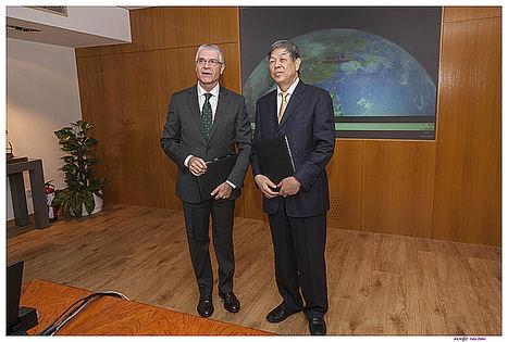 España y China acuerdan colaborar en materia ferroviaria a través de Renfe y Adif