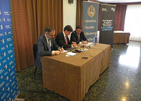 Firma acuerdo AFTCM y Banco Sabadell,