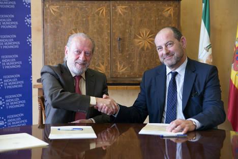 CLANER y la FAMP colaborarán en el fomento de las energías limpias y la eficiencia energética en los municipios andaluces