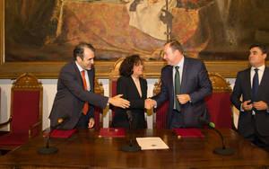 Covir�n firma un convenio con la Universidad de Granada para la aplicaci�n de la tecnolog�a en la direcci�n de recursos humanos