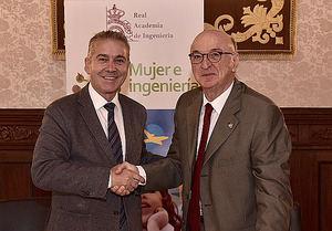 De izqda. a dcha.: Félix Sanchidrián, director de la Fundación Michelin y Elías Fereres, presidente de la Real Academia de Ingeniería.