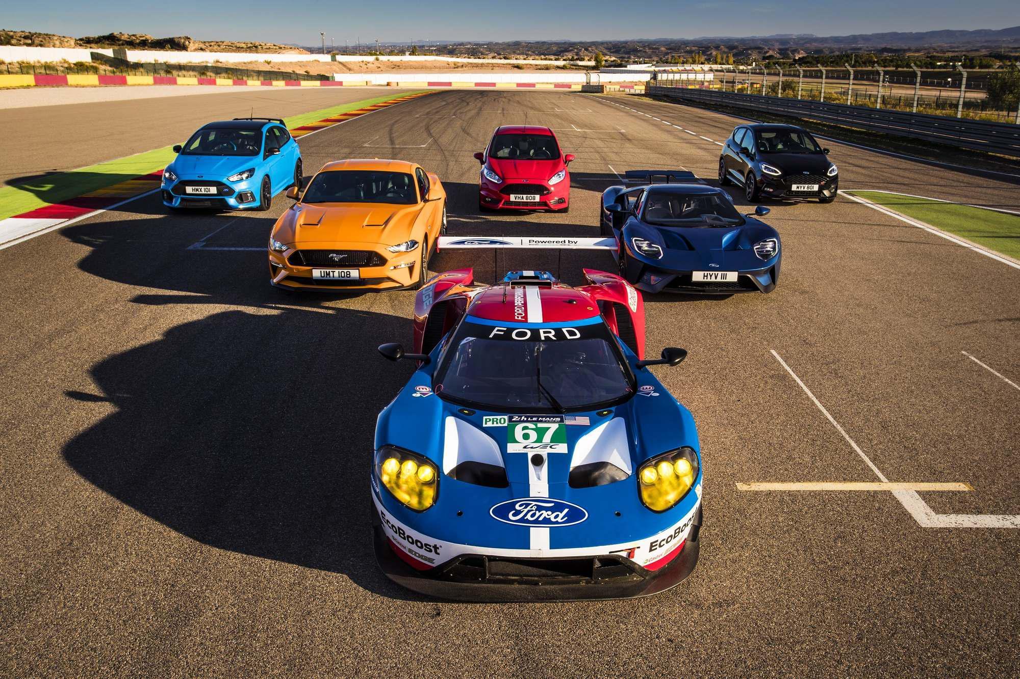 Circuito Motorland : Modelos ford performance compiten en el circuito motorland