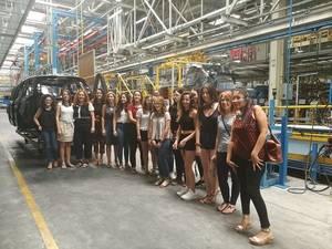 Ingenieros femeninos de Ford España se reúnen con estudiantes