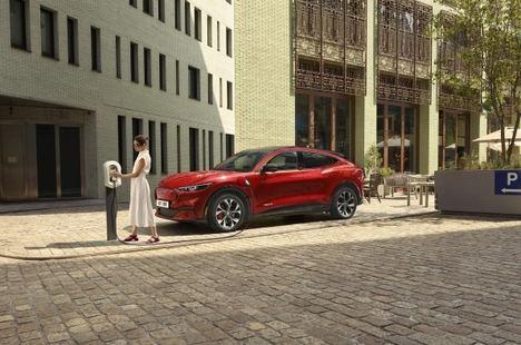 El Ford Mustang Mach-E llega para acelerar la emoción