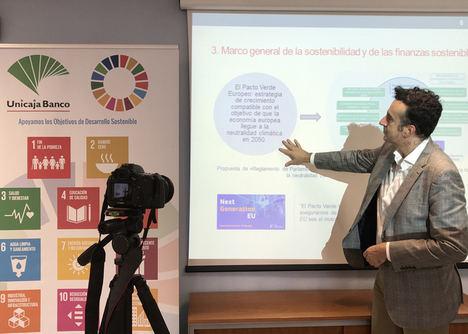 Unicaja Banco pone en marcha un plan de formación sobre finanzas sostenibles para su plantilla y crea una Escuela de Sostenibilidad en su campus virtual