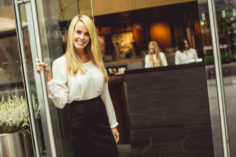 Hostess, la profesión de moda en la gastronomía española
