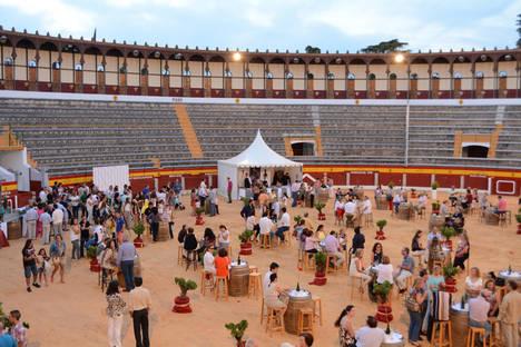 La plaza de toros de Almendralejo acogerá el 20 de mayo el gran brindis de la D.O. Ribera del Guadiana