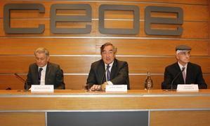 De izda. a dcha.: Valentín Pich, Juan Rosell y Raimon Casanellas.