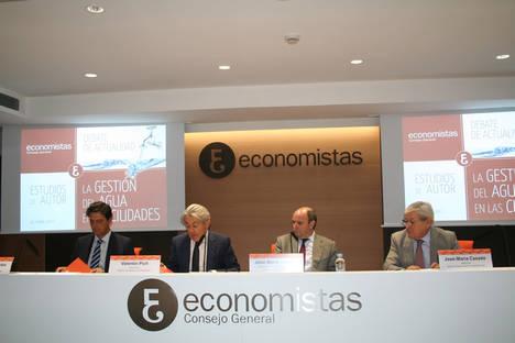 De izda. a dcha: Pascual Fernández, Valentín Pich, José María Serrano y José María Casado.